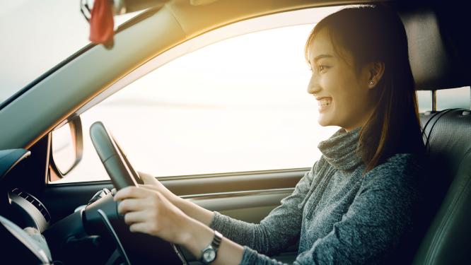 โรงเรียนสอนขับรถที่สามารถออกใบขับขี่แทนขนส่งได้ @กรุงเทพ